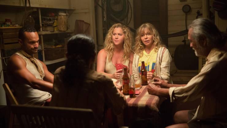 Entführtes Powerduo Amy Schumer (links) und Goldie Hawn müssen sich in «Snatched» zurück in die Zivilisation kämpfen.