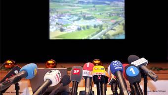 Die Front verläuft zwischen durchsichtigen machtpolitischen Interessen und jenen, die an einem starken Mediensystem für die Schweiz interessiert sind.SIGI TISCHLER/Keystone