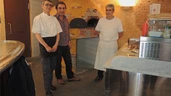 «Baracoa»-Umbau und Einbau Pizza-Ofen: Renato (Koch), Mehmet Polat, Betreiber, Lorenzo, Pizzaiolo.