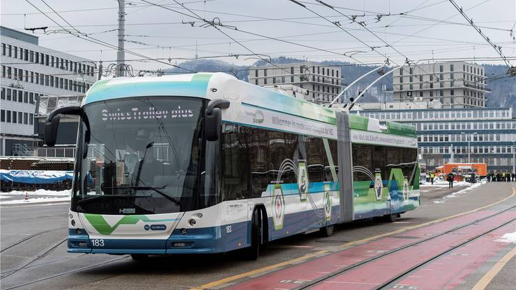 Energieeffizient dank weniger Gewicht, cleverer Steuerung und Heizung: So soll der Swiss Trolley plus zur Mobilität der Zukunft beitragen. Ennio Leanza/Keystone