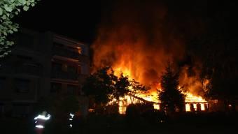 Brand einer Scheune in Volketswil