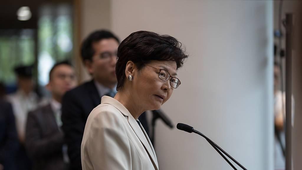 Öffentlicher Dialog soll Lage in Hongkong beruhigen