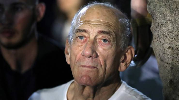 Der frühere israelische Ministerpräsident Ehud Olmert hat eine Reise in die Schweiz wegen einer drohenden Strafverfolgung abgesagt. (Archivbild)