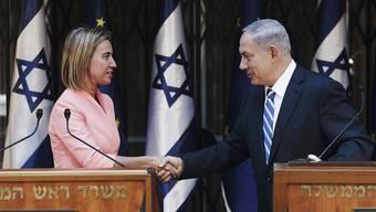 Israels Regierungschef Netanjahu bei seinem Treffen mit der EU-Aussenbeauftragten Federica Mogherini von vergangener Woche