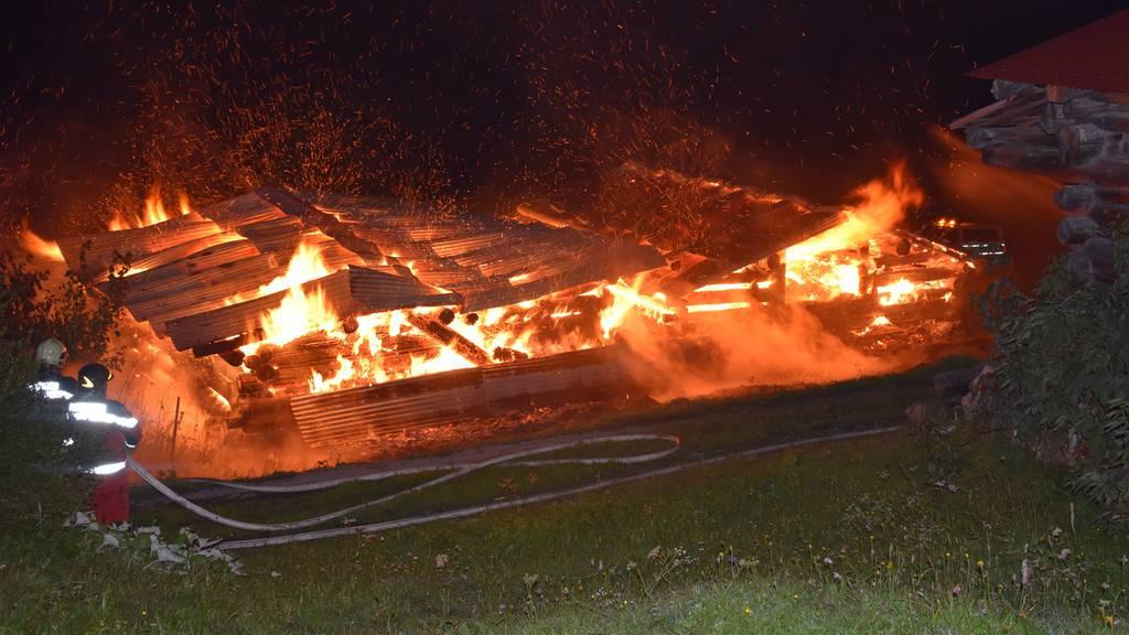 Zwei Ställe abgebrannt – es wurden keine Tiere verletzt