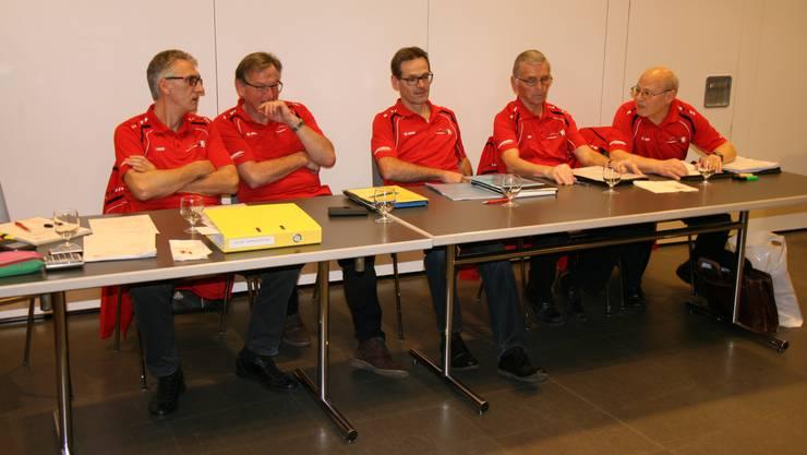 Erich Schindler (Kassier), Bernard Tardy (Vize-Präsident), Thomas Hersperger (Präsident), Fritz Hausherr (Techn. Leiter StV), Jürg Müller (Techn. Leiter) Es fehlt: Alex Koller (Aktuar)