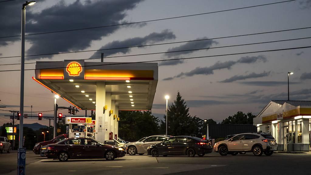 Shell verliert Klima-Prozess: Firma muss CO2-Emissionen reduzieren