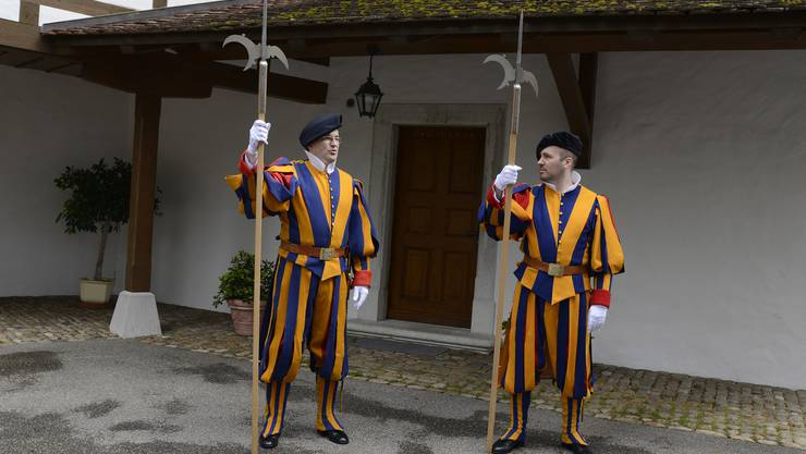 Die Ex-Gardisten Beat Michel (Oberdorf) und Michael Jäggi (Gerlafingen) waren zu Besuch in Oberdorf