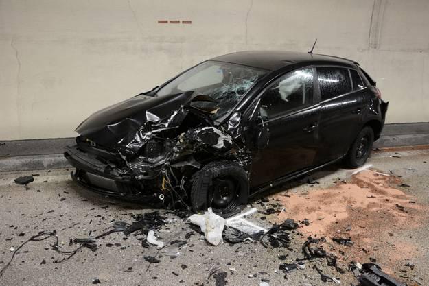 Die korrekt Fahrende Autolenkerin konnte sich selbstständig aus ihrem Auto befreien.