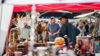 Am Schmelzi-Flohmarkt gabs Nützliches und Überflüssiges – je nach Sichtweise.
