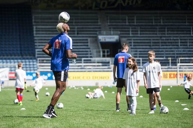 Impressionen der FCL Saisoneröffnung mit dem Kids Training in der Swissporarena. Fotografiert am 14. Juli 2019 in Luzern (Manuela Jans-Koch | LZ)