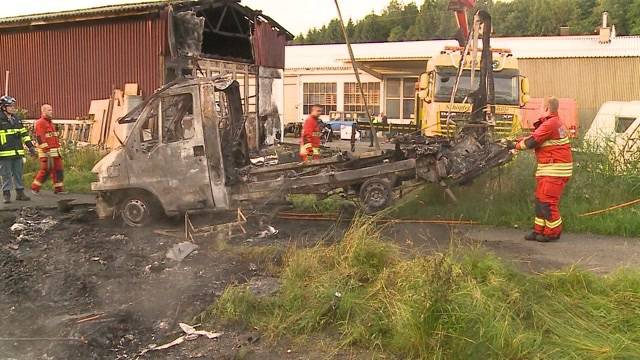 Explodierender Camper legt Bahnverkehr lahm