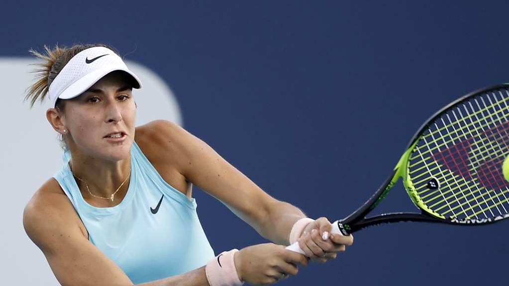 Belinda Bencic spielt die Rückhand zweihändig.