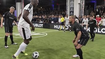 Bolt gegen Roberto Carlos