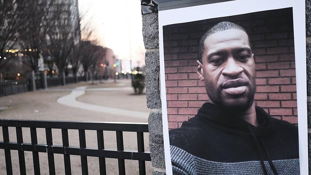 Nach Tötung von George Floyd beginnt Prozess gegen Ex-Polizisten
