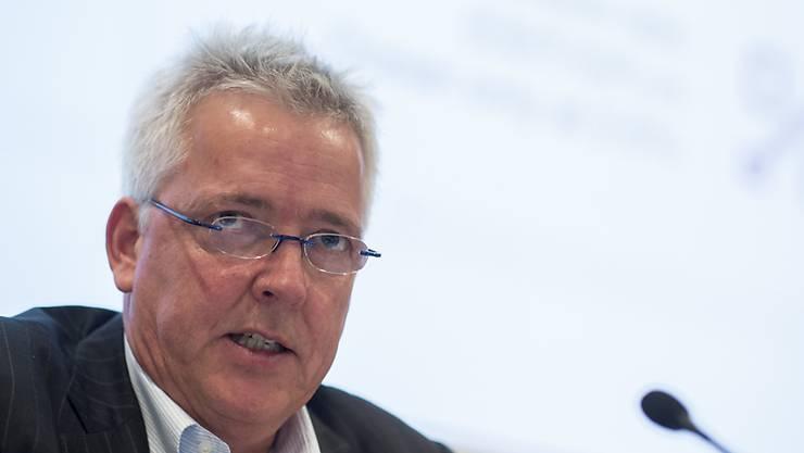 Nach der harschen Kritik von Grossaktionär Cevian nimmt Panalpina-Verwaltungsratspräsident Peter Ulber den Hut. (Archiv)
