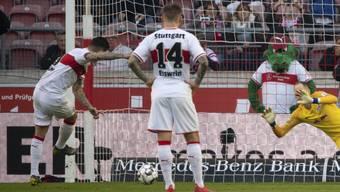 Steven Zuber schiesst zu seinem Premieren-Treffer für Stuttgart ein