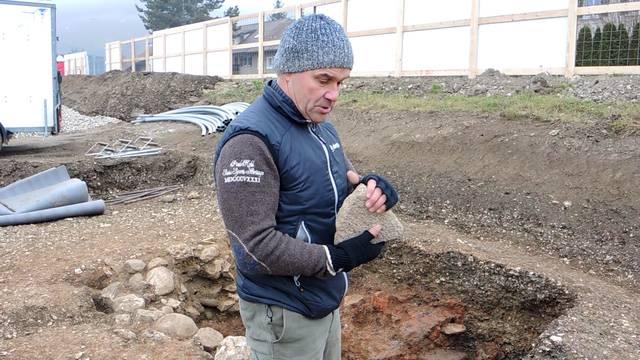 Grabungsleiter David Wälchli über Eisenverhüttung, Mühlesteine und gut erhaltene Knochen.
