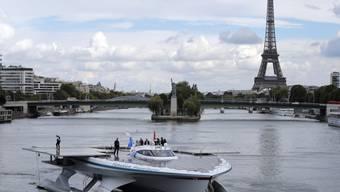 Die PlanetSolar war schon zuvor in Paris, hier im September 2013. (Archiv)