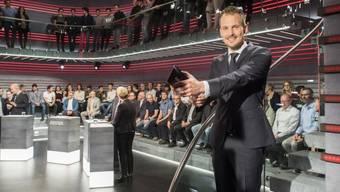 """""""Arena""""-Moderator Jonas Projer (rechts) ist im September 2018 erneut Vater eines Buben geworden. (Archiv)"""