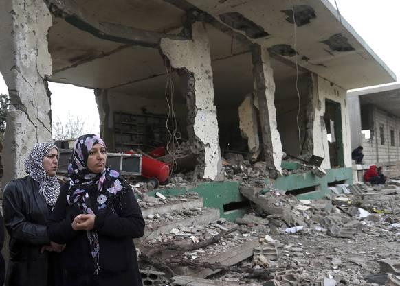 Zerstörung in weiten Teilen des Landes