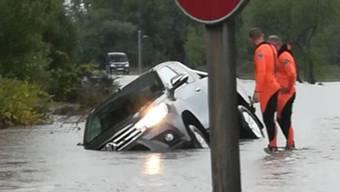 Starker Regen und heftige Stürme haben in Italien grossen Schaden angerichtet. Drohnenaufnahmen zeigen die Verwüstung.