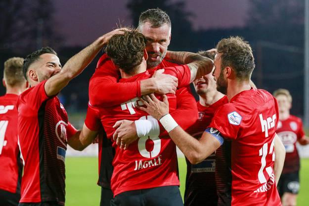 Am Schluss kann der FC Aarau die rasante Partie doch für sich entscheiden. Maierhofer, Jäckle und Zverotic treffen für den FCA und sichern dem Verein so den wichtigen Sieg.