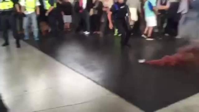 Tumulte bei SVP-Wahlveranstaltung am Zürcher Hauptbahnhof