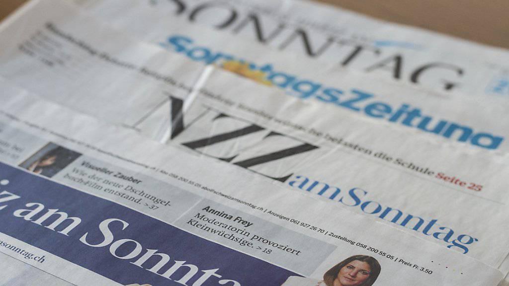 Für den Reputationsmonitor Wirtschaft werden unter anderem die Sonntagszeitungen ausgewertet. Das Ergebnis im Herbstquartal: Die Medien sehen die Schweizer Wirtschaft wieder auf Kurs.