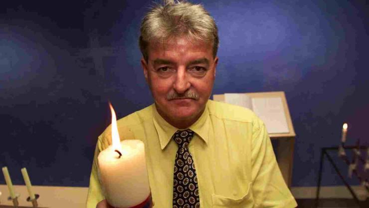 Flughafenpfarrer Walter Meier geht in den Ruhestand (Archiv)