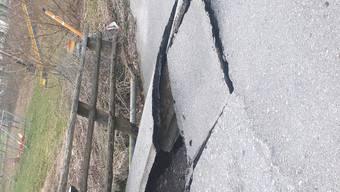 In der Einsiedelei bricht eine Brücke ein