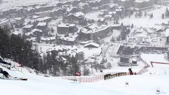 Am Tag nach dem Riesenslaom lässt der Wind in Val d'Isère keinen Slalom zu