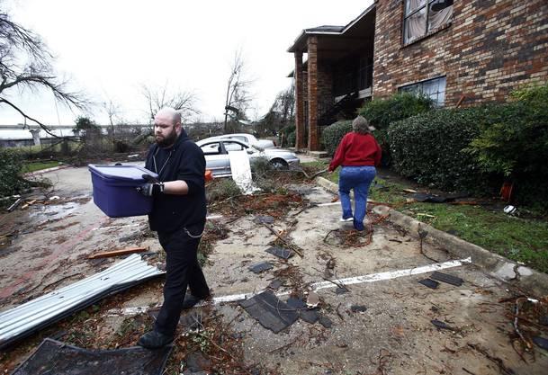 Verwüstungen nach Tornado in Garland, Texas.