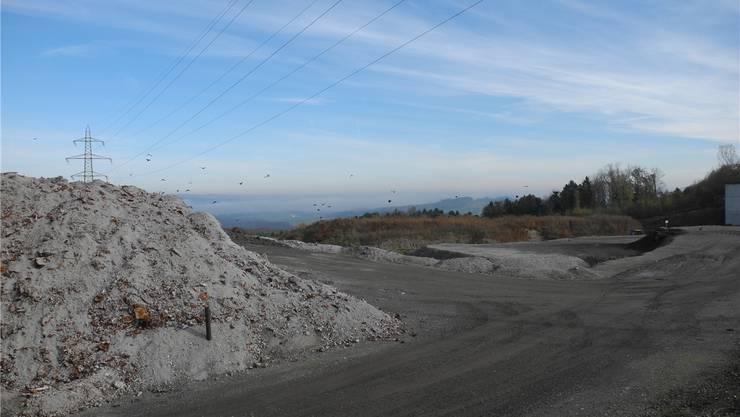 Die Deponie Seckenberg ist voraussichtlich in fünf Jahren voll. Nun plant der GAOF eine Erweiterung gegen Norden.