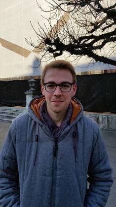 Joschka Schaffner, 22, Olten: Ich schaue zu Hause mit meiner Freundin einen Film, und versuche dann möglichst lang aufzubleiben. Sonst mache ich nicht viel.