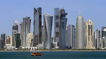 Nach Kritik von verschiedener Seite verzichtet die Nidwaldner Regierung nun auf einen Staatsbesuch in Katar. Im Bild: Doha, die Hauptstadt des Emirats. (Archivbild)