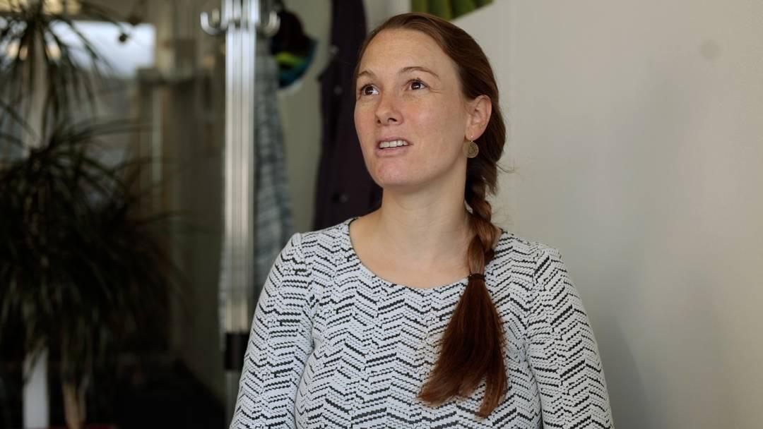 Sarah Groth, welches Schicksal hat sie besonders berührt? Die Sozialarbeiterin beim kirchlich-regionalen Sozialdienst in Kleindöttingen und Baden im Videointerview.