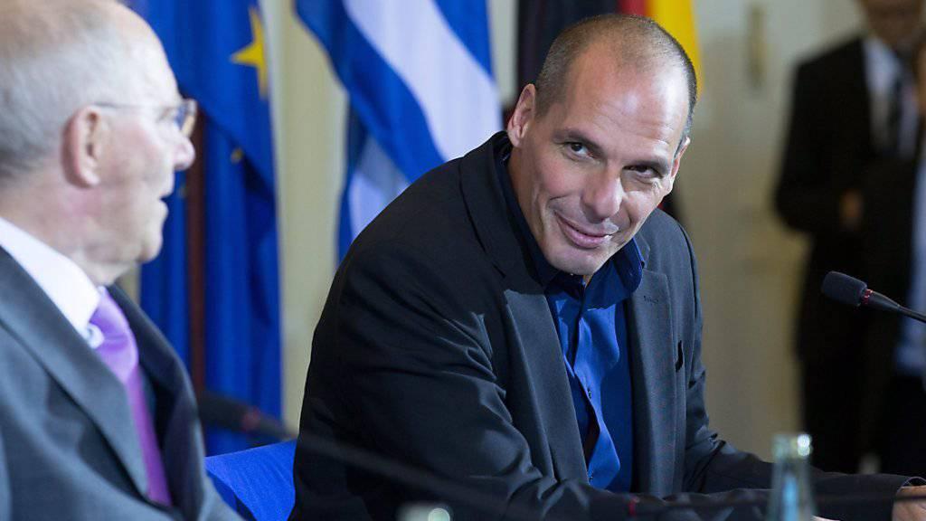 Schwierige, aber offenbar ehrliche und respektvolle Beziehung: Der damalige griechische Finanzminister Gianis Varoufakis (rechts) und dessen deutscher Amtskollege Wolfgang Schäuble im Februar dieses Jahres in Berlin.