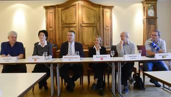Sie befürworten das Gesetz über die kantonale Pensionskasse (v.l.): Felix Wettstein (Grüne), Sandra Kolly (CVP), Christian Scheuermeyer (FDP), Susanne Schaffner (SP), Rudolf Hafner (Grünliberale) und Markus Dietschi (BDP).