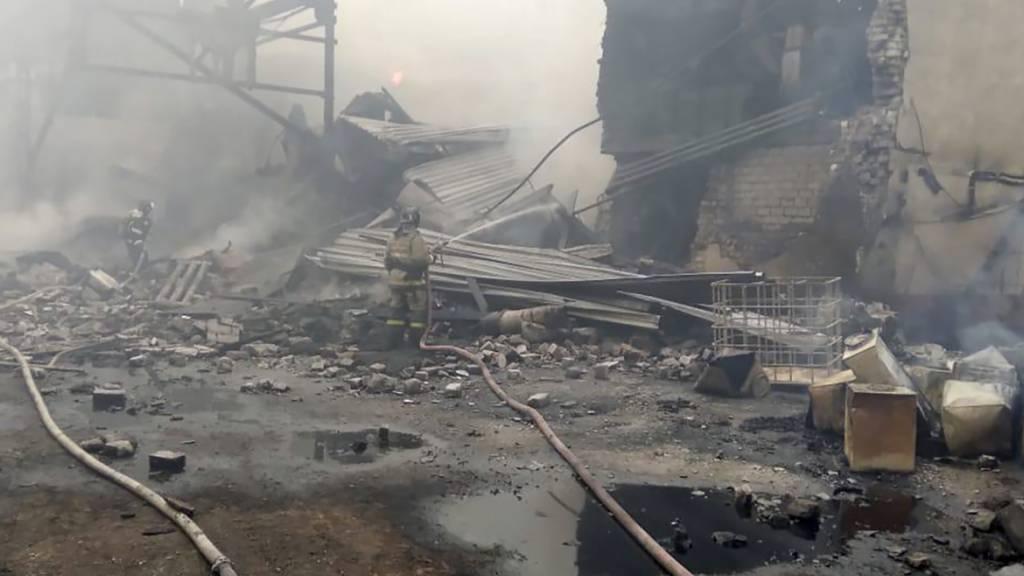 16 Tote bei Explosion in Produktionshalle für Sprengstoff in Russland