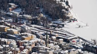 Das mutierte Coronavirus ist in St. Moritz gehäuft aufgetreten. (Symbolbild)