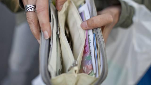 Die 22-Jährige bekam ihr Portemonnaie zurück (Symbolbild)