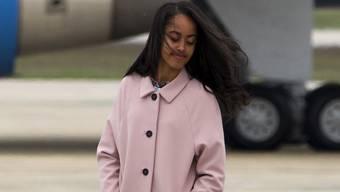 Malia Obama (18) zeigt gern viel Bein. Ob das der Grund ist, dass ein 30-jähriger Stalker sie heiraten möchte? (Archivbild)