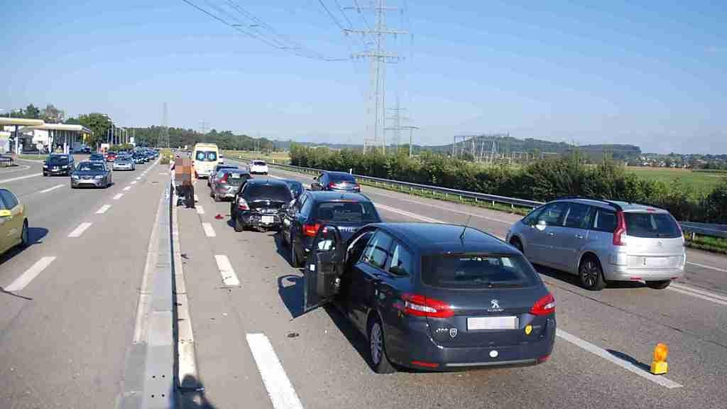 Solothurner Bauern protestieren mit Mahnfeuern gegen A1-Ausbau