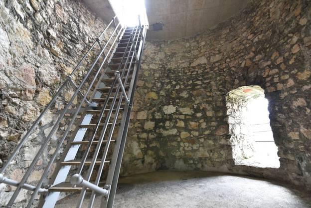 Im Turm der Ruine