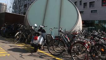 Das Velochaos in der Stadt Basel nimmt immer mehr zu
