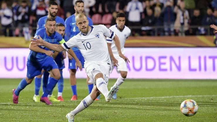 Hat mit Finnland die erste Teilnahme an einem grossen Turnier im Visier: Torjäger Teemu Pukki (Bild: key).