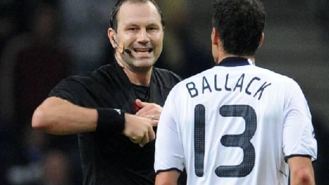 Platzverweis für Michael Ballack