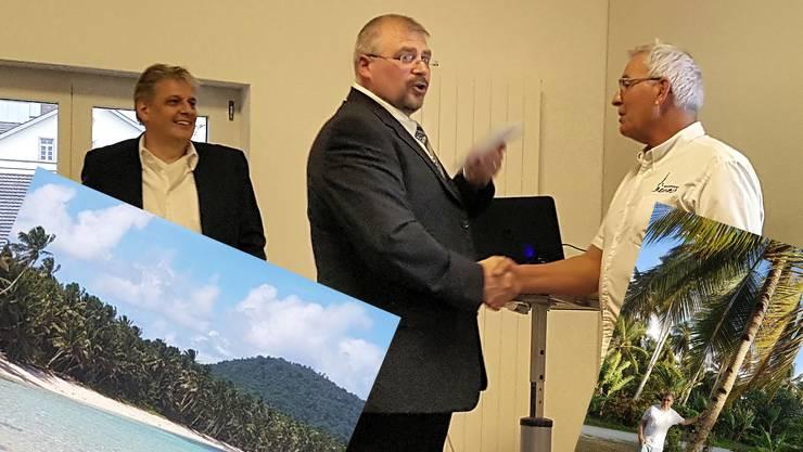 Markus Herzog (l.) an der Ernennung von Adrian Sulzer (r.) zum Ehrenmitglied durch Präsident Markus Bolliger. Die beiden verlassen für den Ruhestand ihre Heimat in der Schweiz.