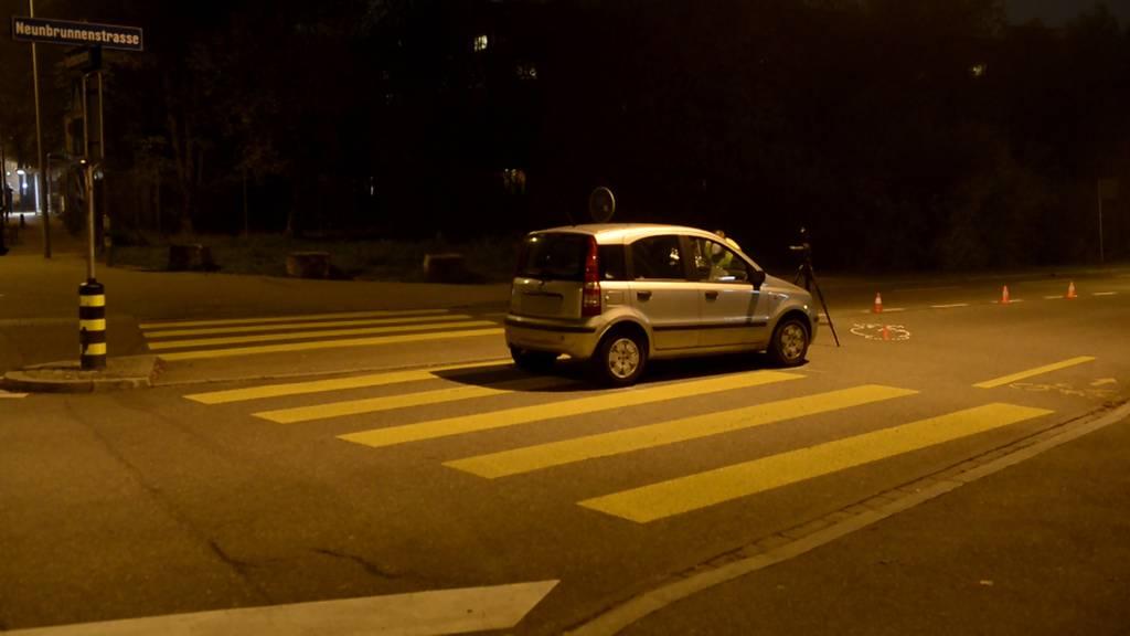 Unfall bei Fussgängerstreifen: Passant verletzt
